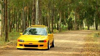 getlinkyoutube.com-Honda EG Civic Yellow Low&Slow  La La Laa ..