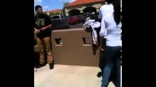 getlinkyoutube.com-Guy protects his girlfriend in a fight