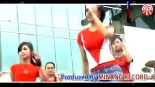 Dian Widya - Abang Roni [Official Music Video]