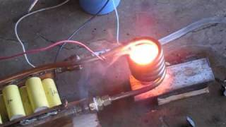 getlinkyoutube.com-3 kilowatt Induction heater melting zinc metal