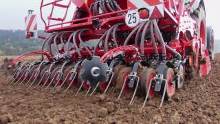 Horsch Express 3 KR pneumatic three-point seed drill