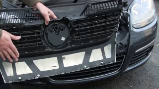 getlinkyoutube.com-DIY winter front grille foam barrier installation on a diesel