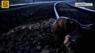 getlinkyoutube.com-مراد ينقذ امه من القطار