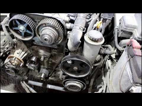 Замена ремня ГРМ и натяжного ролика 2часть  Toyota Mark II Тойота Марк 2 JZX 101 1998 года