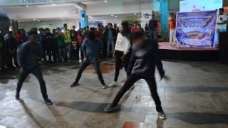 Rohak'17 Flash Mob at Metro Junction Mall Kalyan- Rise above your limits