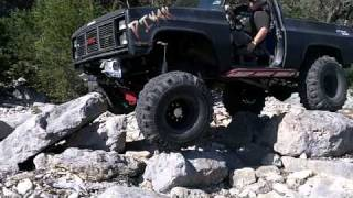 getlinkyoutube.com-87 GMC JIMMY Crusher Edition Walk around and Rock Garden Crawling Trees Ranch Texas April 3, 2011