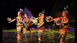 Indonesian Traditional Dance - Tari Deguq Kalimantan