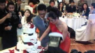 getlinkyoutube.com-Nguyễn hồng nhung - rạng rỡ trong ngày cưới