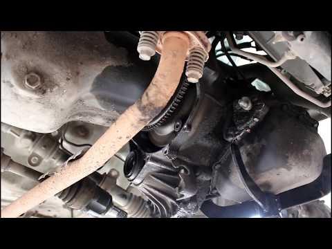 Замена сальника маслонасоса АКПП на Mitsubishi Minica 0,6 Мицубиси Миника 2005 года 2часть