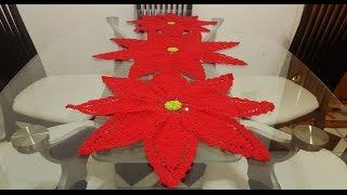 getlinkyoutube.com-#2🎄Flor de nochebuena para camino o centro de mesa en crochet