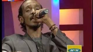 getlinkyoutube.com-الحوت محمود عبدالعزيز يبدع في أغاني واغاني