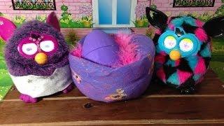 getlinkyoutube.com-A minha Furby Lulu botou um ovo por Julia
