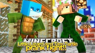 getlinkyoutube.com-Minecraft - LITTLE LIZARD AND TINY TURTLE PRANK FIGHT w/Little Kelly!!!