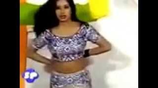 getlinkyoutube.com-Sitara Malik Hot Mujra Remove Black Bra