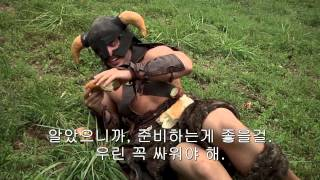 getlinkyoutube.com-[한글자막] Video Bakery 업로드 ) Skyrim IRL Dovahkiin vs  the Bandit Marauder