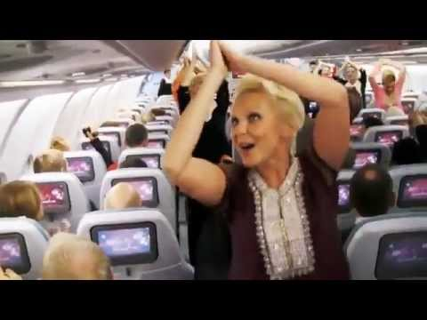 Surprise Dance on Finnair Flight to celebrate India'ss Republic Day THIS IS REALLY WONDERFULL