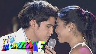 "getlinkyoutube.com-It's Showtime: James, Nadine sing ""On The Wings Of Love"" on 'Showtime Kapamilya Day'"