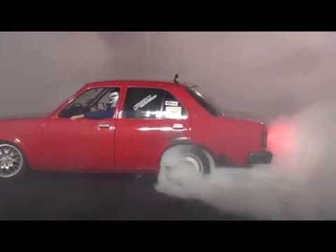 Collie Burnout Challenge 2014 - VERY SIXY - 6 Cyl Winner