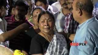 getlinkyoutube.com-Actress Manorama  pays Homage - Veteran actress Manjula Vijayakumar died today.[RED PIX]