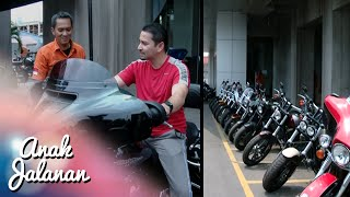 getlinkyoutube.com-Papahnya Boy beli Motor Gede baru [Anak Jalanan] [3 Des 2015]