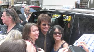getlinkyoutube.com-Richie Sambora posing with fans after jam session on Today Show in New York