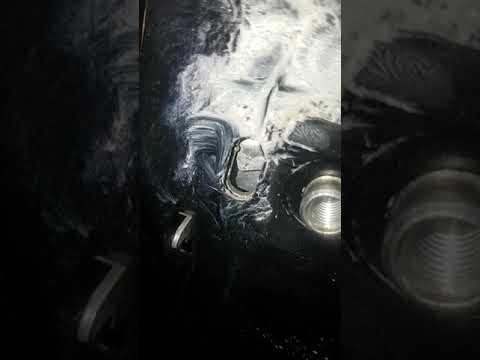 Расположение в Фотон Саванна сальника двигателя