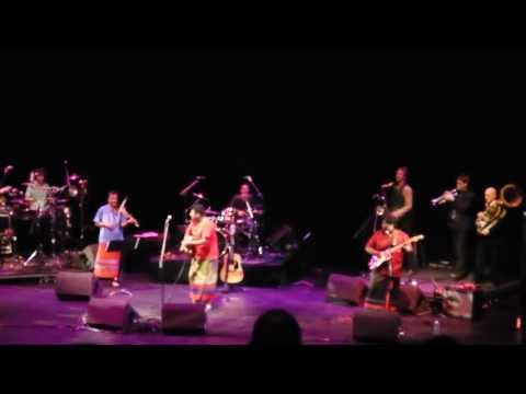 Rahgu Dixit performing live at Queen Elizabeth Hall - Alchemy 2011 Kodagana Koli Nungitha