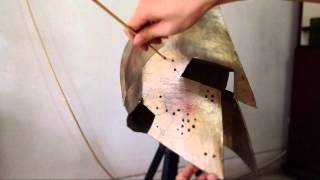 getlinkyoutube.com-#48: 300 King Leonidas Helmet DIY part 4: Paint & Weathering Effects