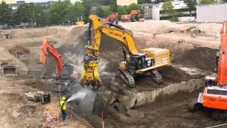 getlinkyoutube.com-Caterpillar 390 F LME cutting concrete into pieces part 1