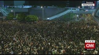 getlinkyoutube.com-Protests paralyze Hong Kong