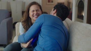getlinkyoutube.com-مشهد رومانسي لــ نيللي كريم وظافر العابدين فى الحلقة السادسة من مسلسل تحت السيطرة