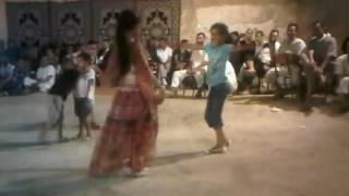 getlinkyoutube.com-سهيلة بن لشهب صغيرة و ترقص نايلي