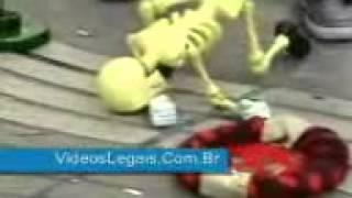 Boneka Tengkorak Tali Bergoyang
