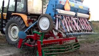 getlinkyoutube.com-Siew pszenicy 2012 Ursus c-360 3p + agregat uprawowo siewny  AGRO-MASZ Ursus c-330M + Sipma