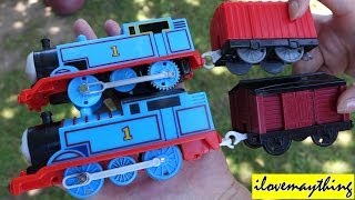 getlinkyoutube.com-Thomas & Friends: Unboxing the NEW Re-designed Thomas Trackmaster