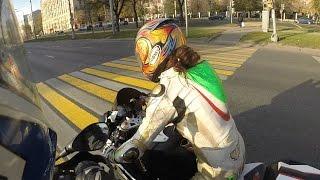 getlinkyoutube.com-Brave girl on BMW S1000RR