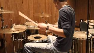 getlinkyoutube.com-Recording Drums With One Mic