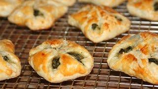 getlinkyoutube.com-Feuilletées aux Épinards - Spinach Puff Pastry Squares - مورقة بالسبانخ