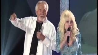 getlinkyoutube.com-Kenny Rogers; Dolly Parton - Island In The Streaam [#1 Duet, 15 Years Later] [2005]