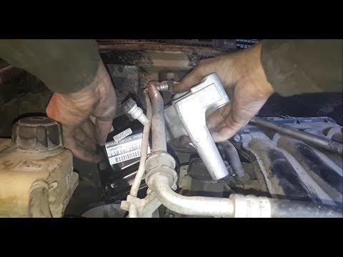 Где находятся подушки двигателя в Nissan Блюберд