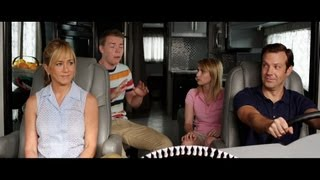 getlinkyoutube.com-We're the Millers - Official Trailer [HD]
