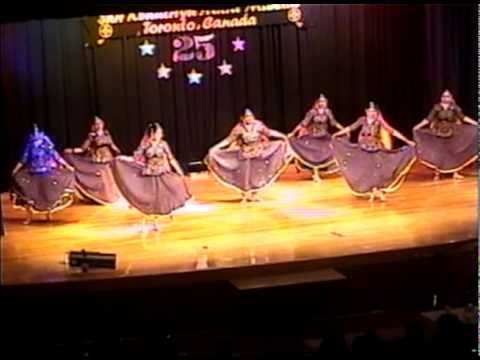RANGEELO MARO DHOLNA - Indian Folk Dance 2000