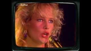 getlinkyoutube.com-Mike Oldfield - Pictures In The Dark *Live 1986*