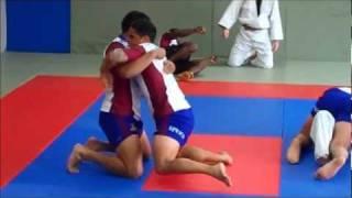 getlinkyoutube.com-Highlanders Judo training