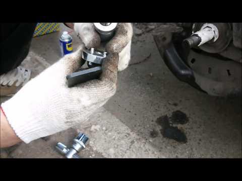 Замена заднего тормозного диска Renault Fluence - 'Руки из плеч' 2 by MMikhailovski