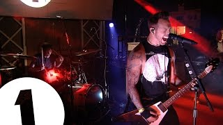 getlinkyoutube.com-Bullet For My Valentine - No Way Out, at Radio 1's Rock Night
