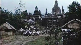 getlinkyoutube.com-Bali in the 1950s- Tempo Doeloe, Indonesia