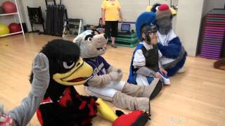 getlinkyoutube.com-Going to Camp to Become a Sports Mascot