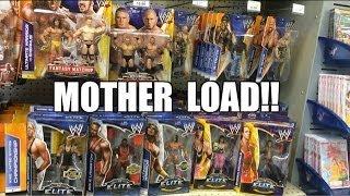 WWE ACTION INSIDER: ToysRus MOTHERLOAD! Mattel Wrestling Figure aisle loaded w/Elite 26 WM30 series