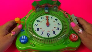 getlinkyoutube.com-TELLING THE TIME IN ENGLISH WITH THOMAS AND FRIENDS STATION SET BY TOMY